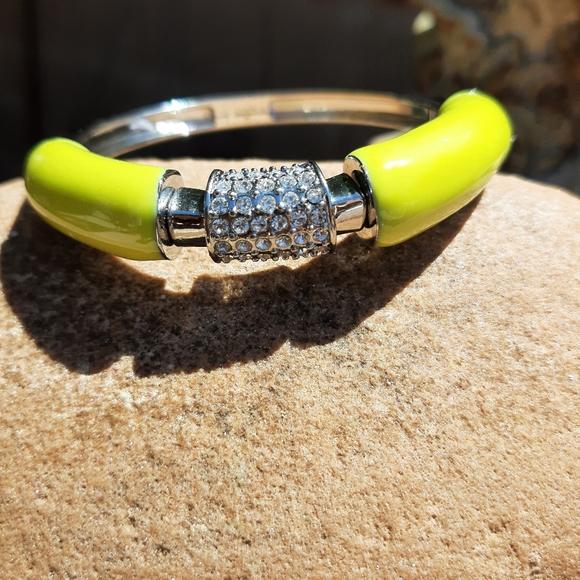 Yellow enameled stretch braceletl